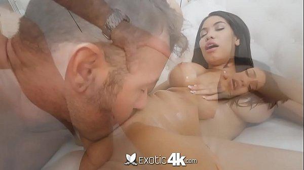 seks-piyani-totiya-plmiyanik